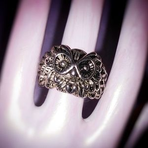 Stainless steel Owl's Head Ring 11.5 NWOT